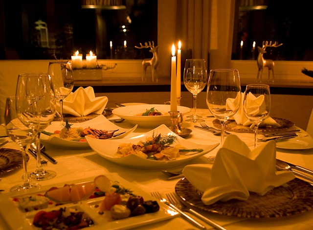 Take Your Loved One For A Candle Light Dinner